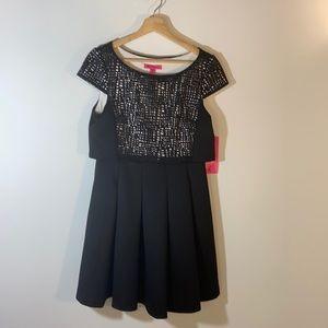 NWT Betsey Johnson Cap Sleeve Dress